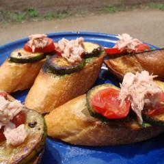 ズッキーニとトマトのオープンサンド